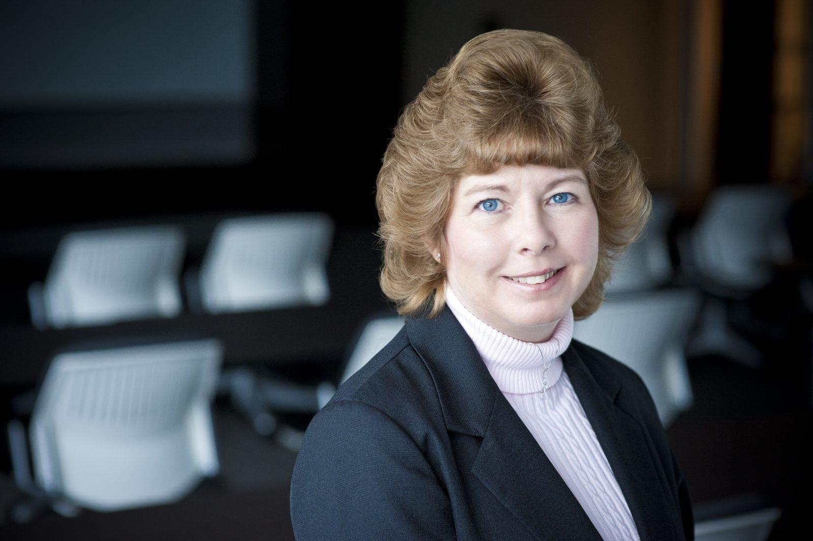 Lisa Lutz