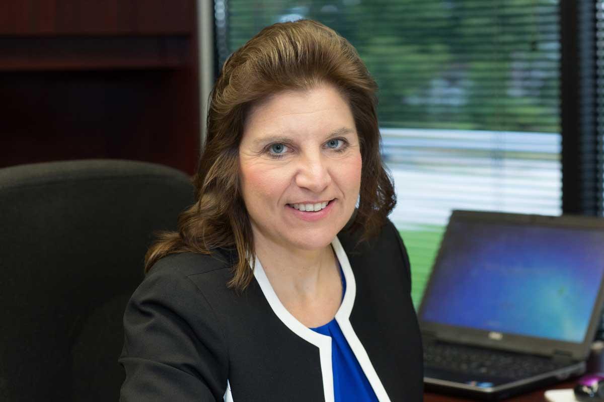 professional photo of Tammy Alsop